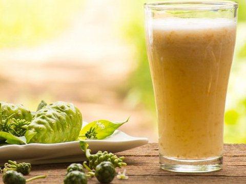 Jus Mengkudu Sirup Rempah Untuk Obati Batuk