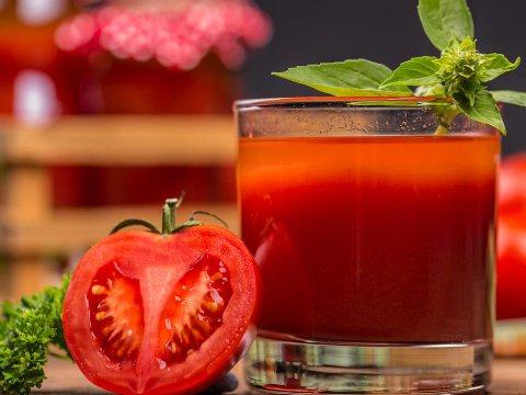 Jus Tomat Plus Untuk Batuk Kering Berdahak