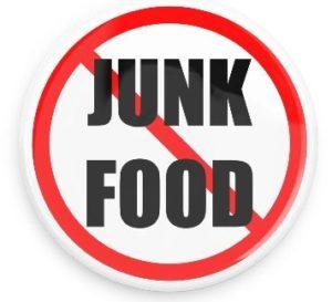Hindari Junkfood Untuk Sembuhkan Jerawat Karena Hormon