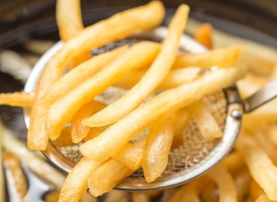 makanan goreng gorengan penyebab hormon jerawat naik