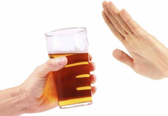 hindari alkohol untuk mencegah penyakit jantung koroner