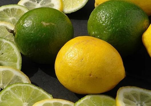 jeruk nipis dan lemon untuk menghilangkan komedo hitam