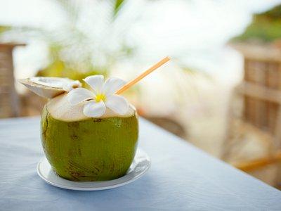 air kelapa mudah menu buka puasa sehat