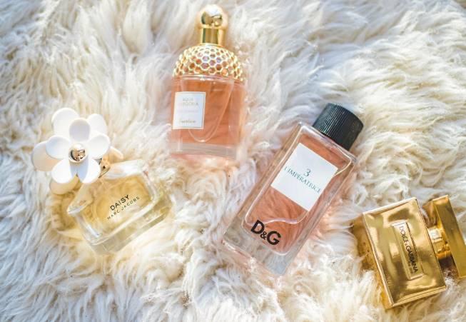 parfume bisa menyebabkan jerawat