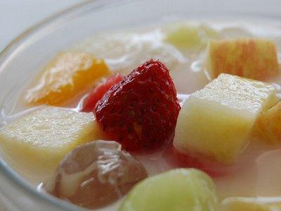 sup buah untuk menu diet buka puasa
