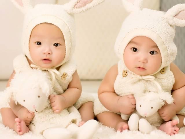 Hindari Pakaian yang Ketat untuk Bayi
