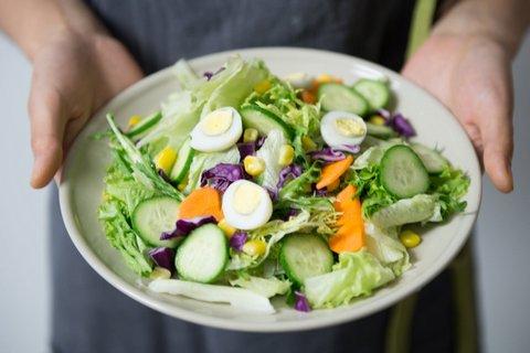 diet raw food bisa turunkan berat badan 10 kg