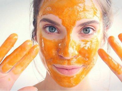 madu untuk mengatasi wajah kering dan bersisik secara alami