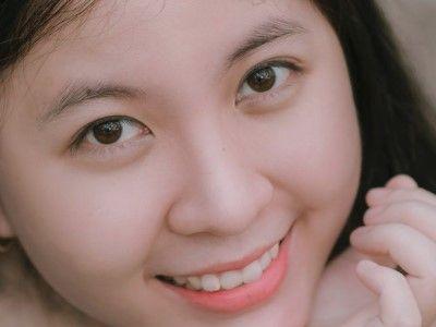 manfaat madu untuk wajah membuat kulit menjadi lebih cerah