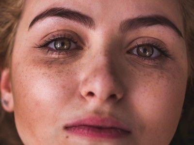 manfaat madu untuk wajah mencegah penuaan dini