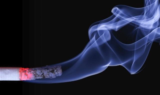 5 Cara Ampuh Menghilangkan Sakit Dada Dan Sesak Napas Karena Merokok